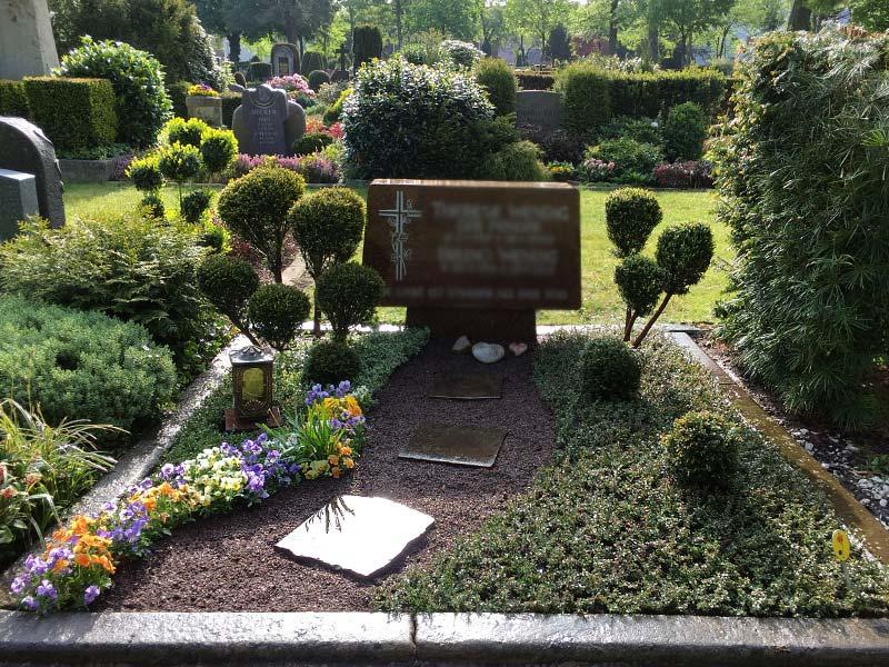 Grabpflege - Schöne Gräber für Jahrzehnte